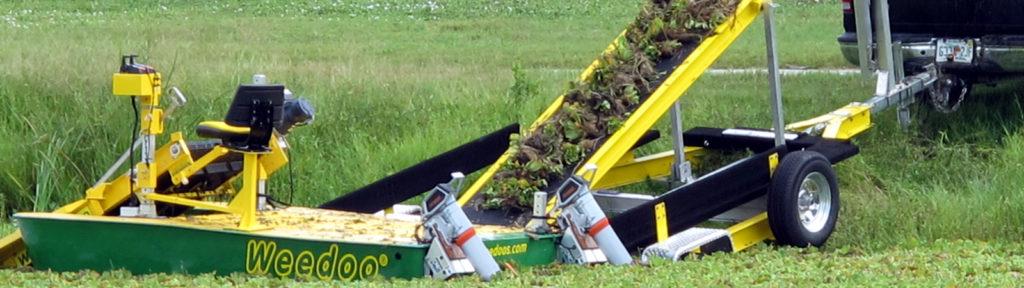 Weedoo Weed Harvester Shore Clean up