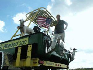 Weedoo 600 with American flag
