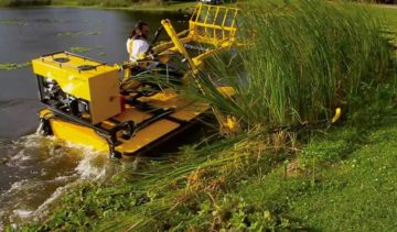 Aquatic Weed Harvester