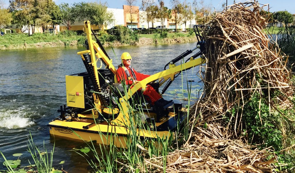 Weedoo TigerCat Pond Weed Removal