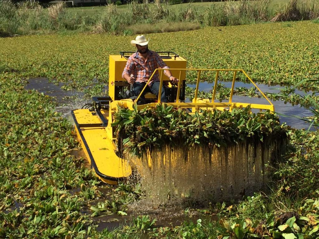 Weedoo TC 3000 series Hydrilla Removal with Root Rake